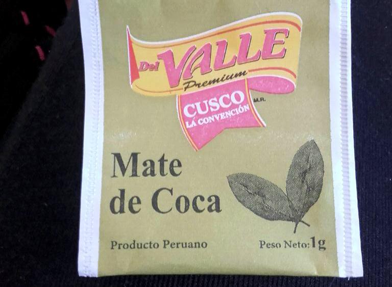Drinking Mate de Coca in Perú