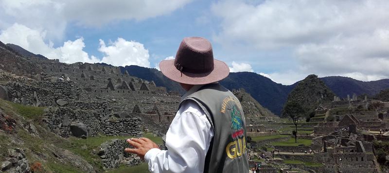 Nuestro súper guía en Machu Picchu