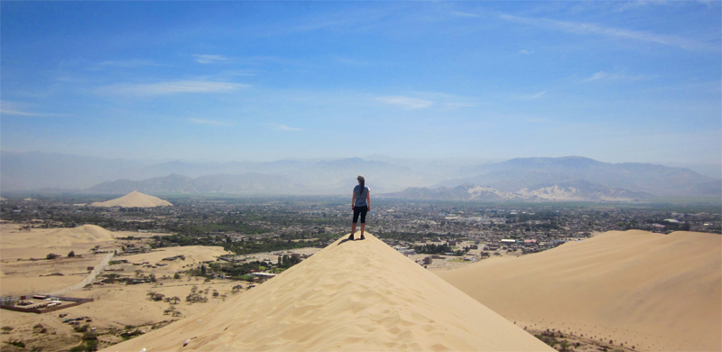 Huacachina Oasis in Perú