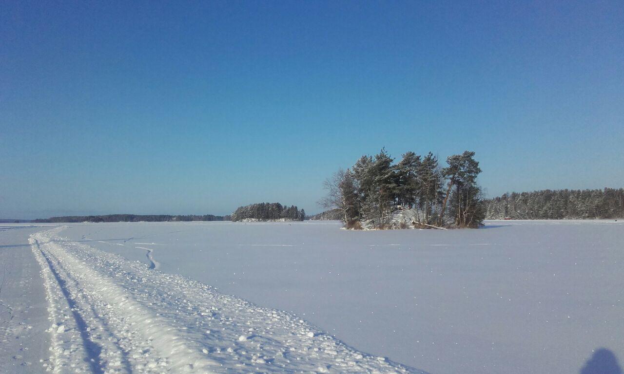 Lago Kuolimo de día