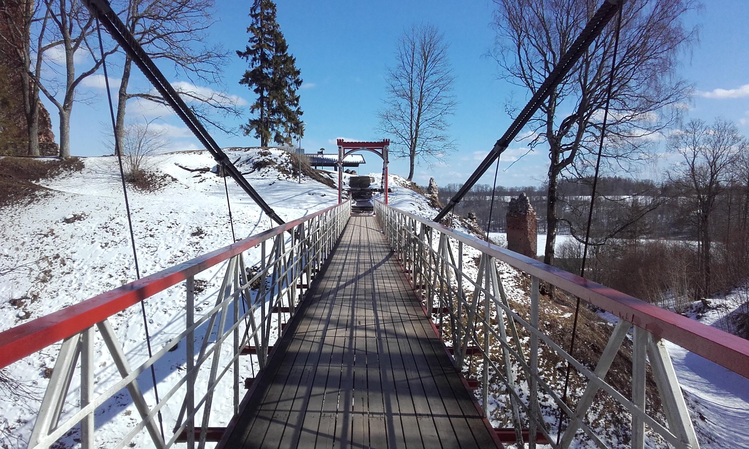 Puente colgante de Viljandi