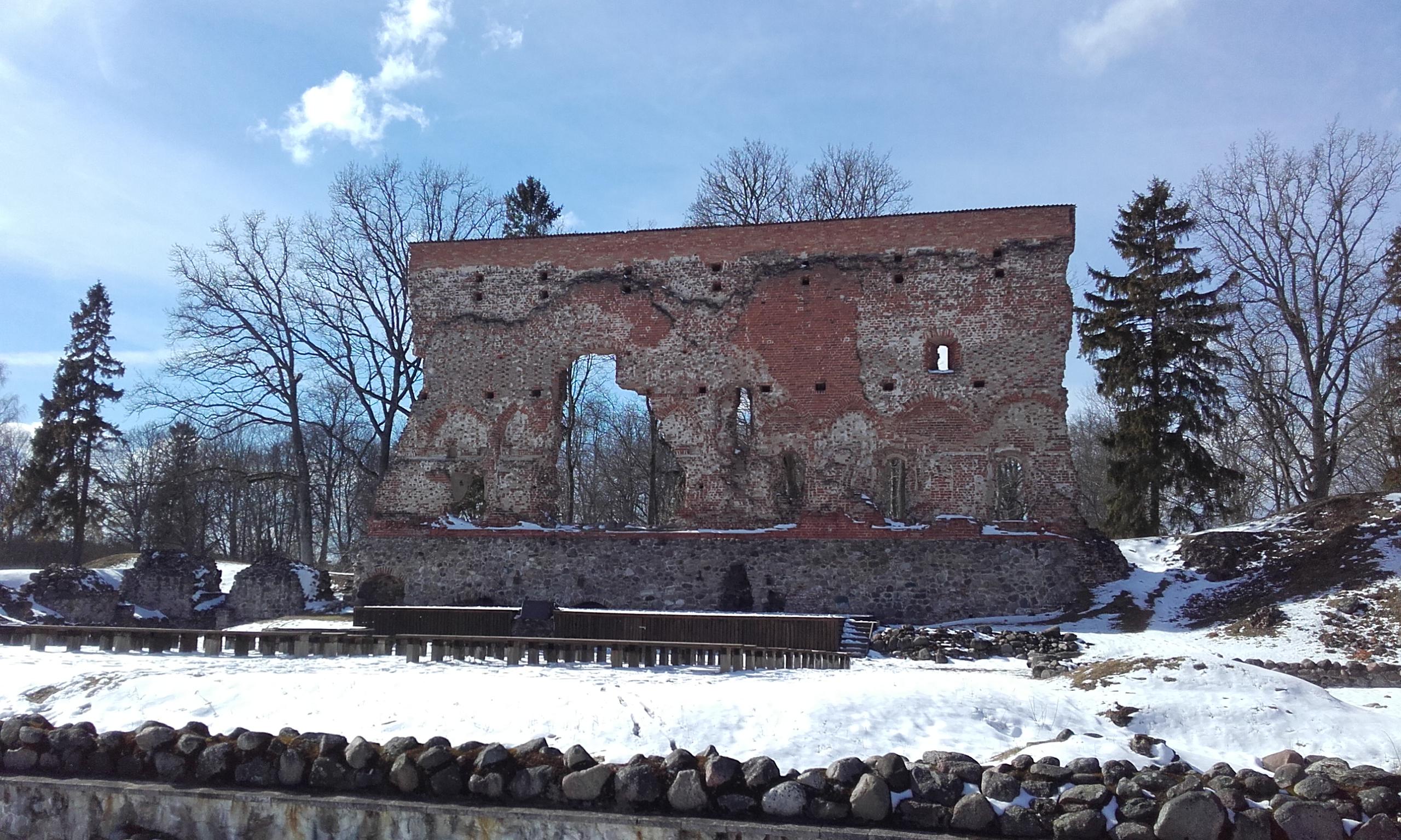 Ruinas del Castillo de Viljandi