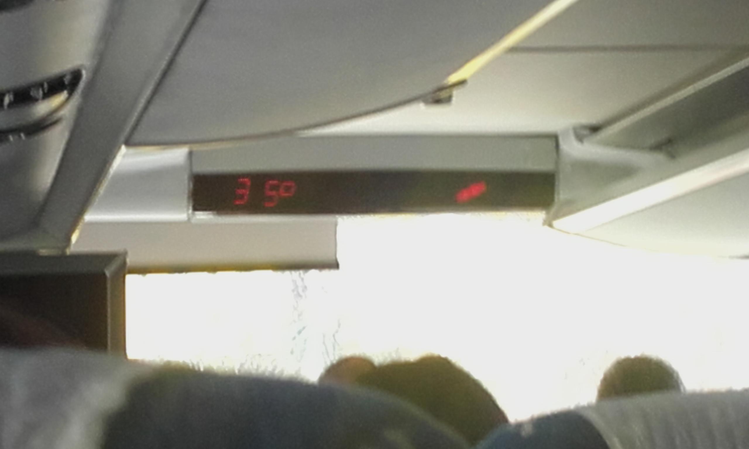 """""""Fresquito"""" fuera del autobús"""