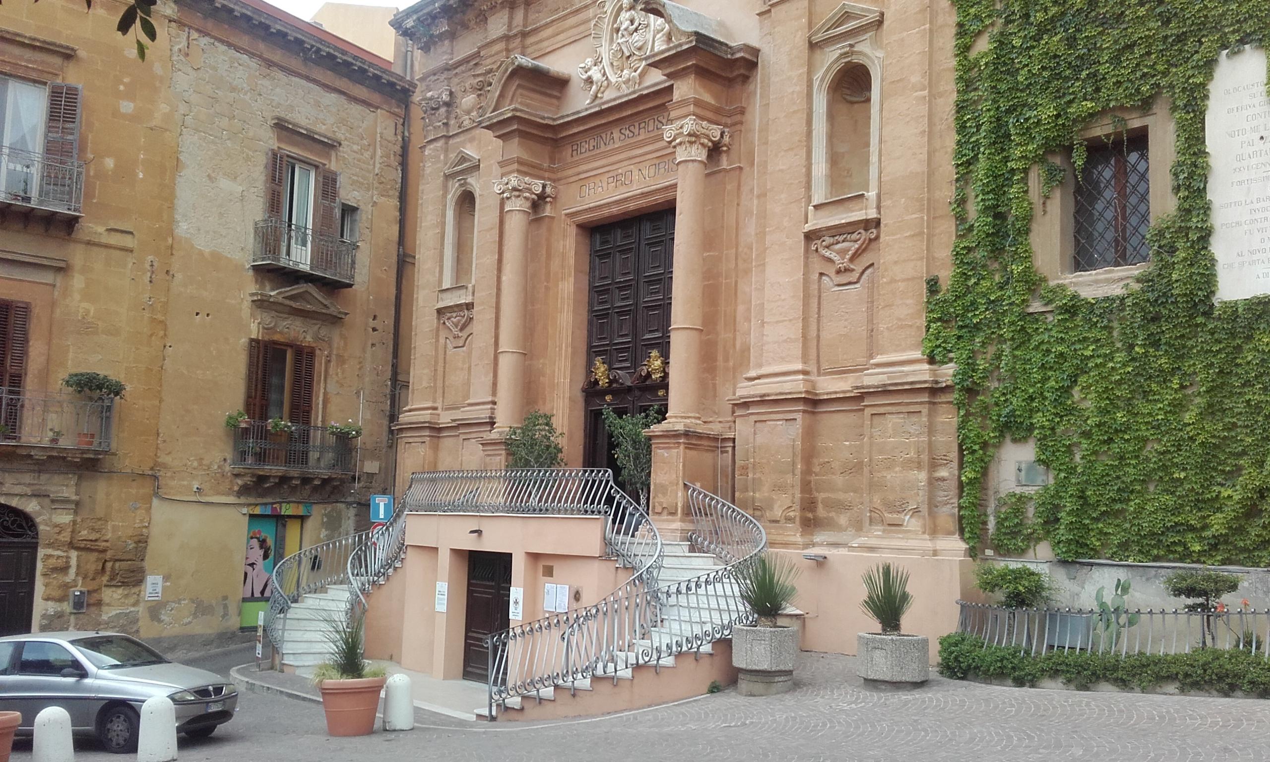 Fachada de la Iglesia de Santo Domenico