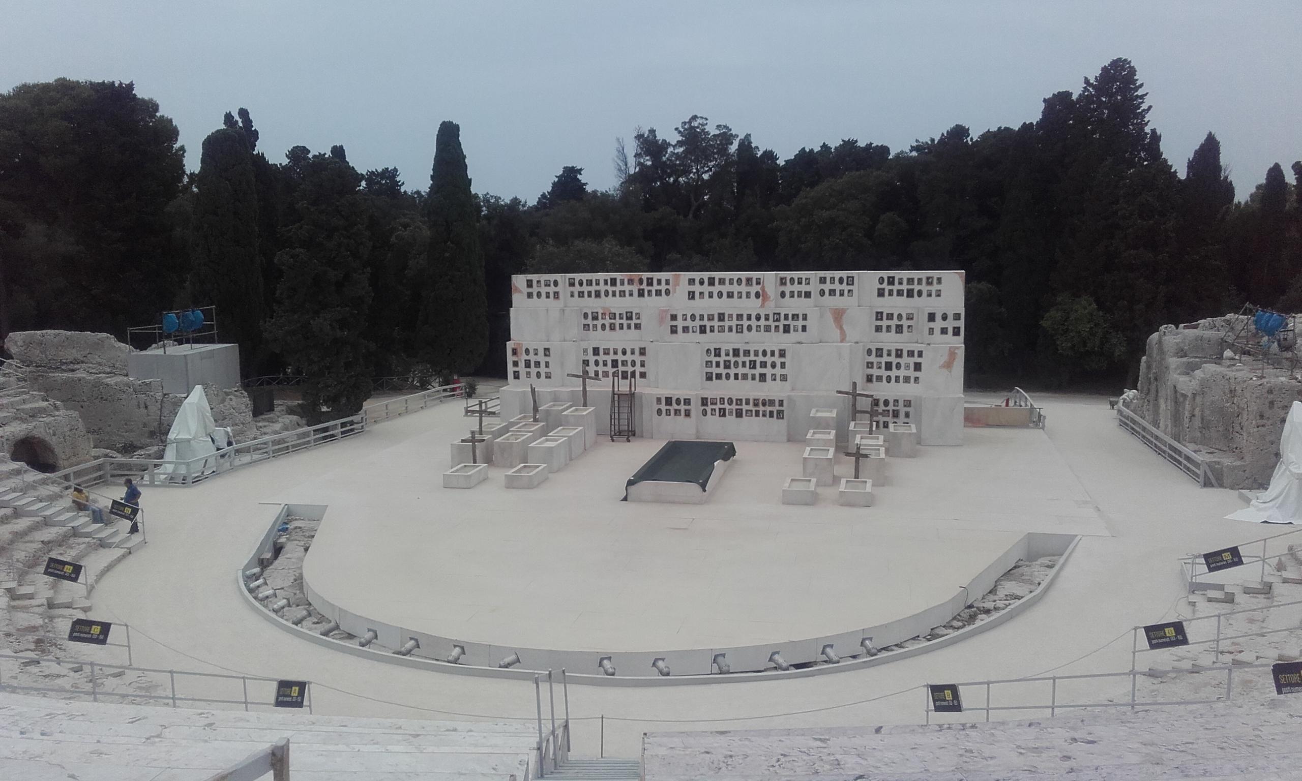 Teatro griego de la Neápolis