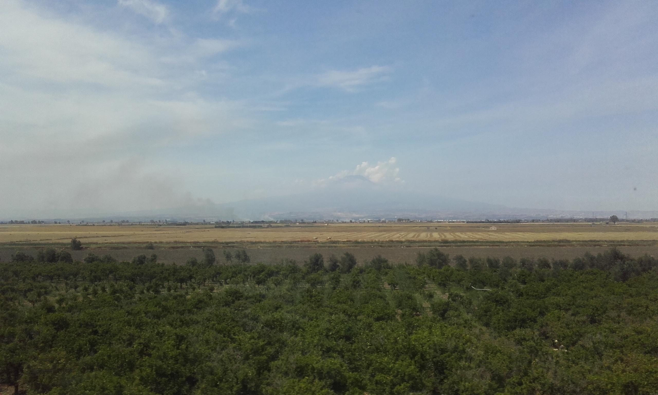 El volcán Etna desde el tren