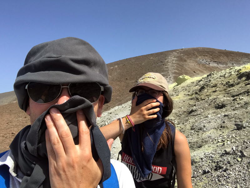 Protegiéndonos de los vapores del volcán