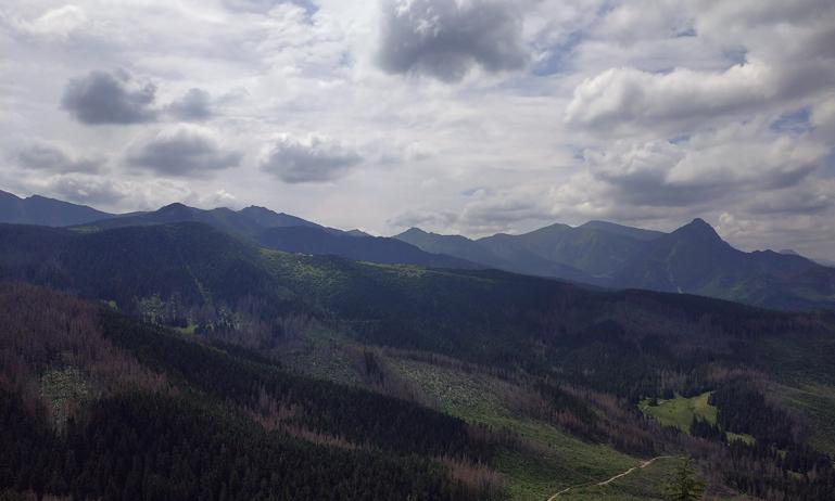 Montes Tatras desde la cima de Wielki Kopieniec