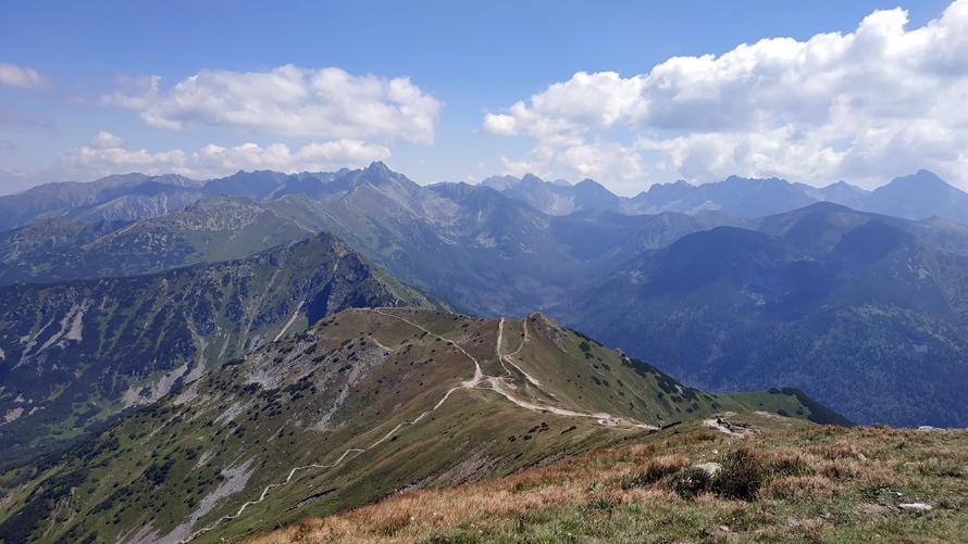Sendero del trail rojo a Kasprowy Wierch