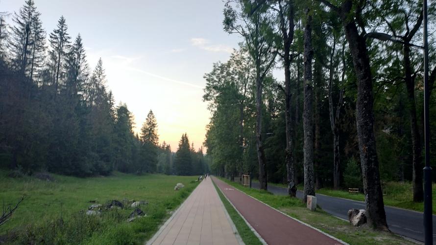 De nuevo en la civilización al terminar la ruta de Giewont y la frontera de Eslovaquia