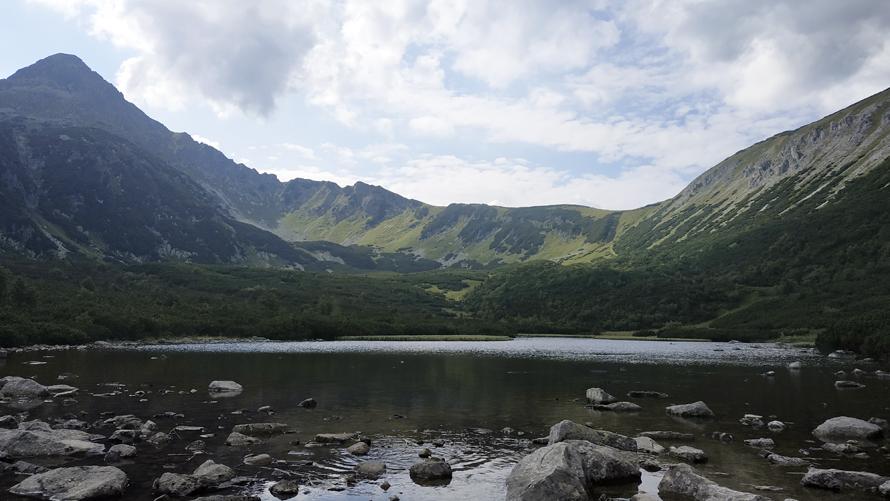 Velké Biele Pleso, el lago anterior a Zelené Pleso